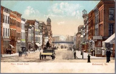 View_East_on_Main_Street,_Richmond,_Virginia_Postcard_1